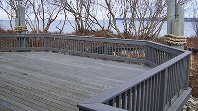 Semiahmoo Cannery Lodge Deck
